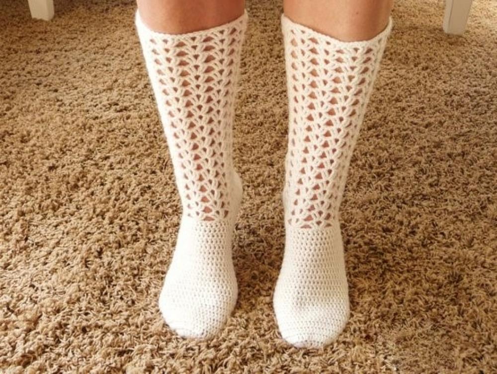 WoolAffair - handmade - Häkelanleitung Socken häkeln - Häkelsocke ...