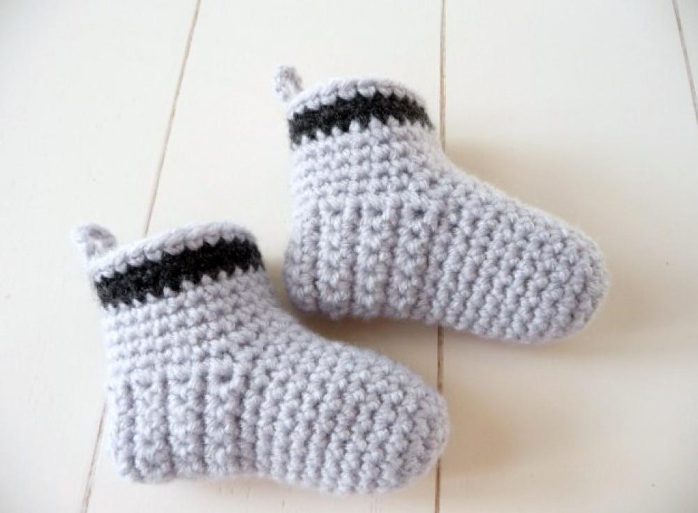WoolAffair - handmade - Häkelanleitung Babyschuhe - BASIC-Stiefel ...