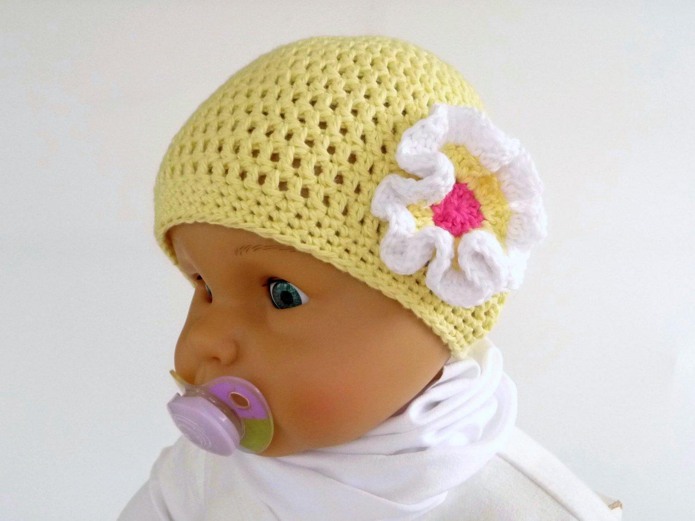 df55f6237b WoolAffair GbR - handmade - Häkelanleitung - Babymütze - mit Ruffle ...